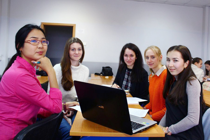 Kazakh Prospective Students Offered to Take HSE Entrance Exams in Astana and Almaty