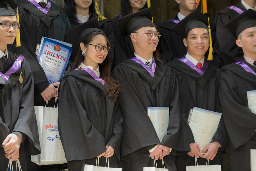First Students from Vietnam Received MEPhI Diplomas
