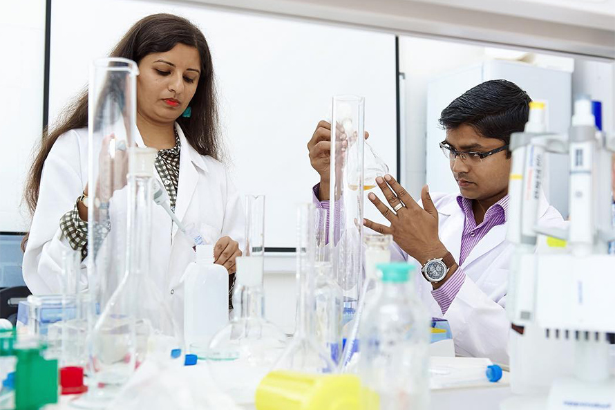 Siberian Federal University Offers Foreigners English-Taught Master's Programme in Bioengineering
