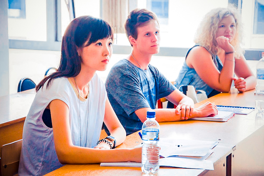 40 Students from 12 Countries Have Come to FEFU Summer School